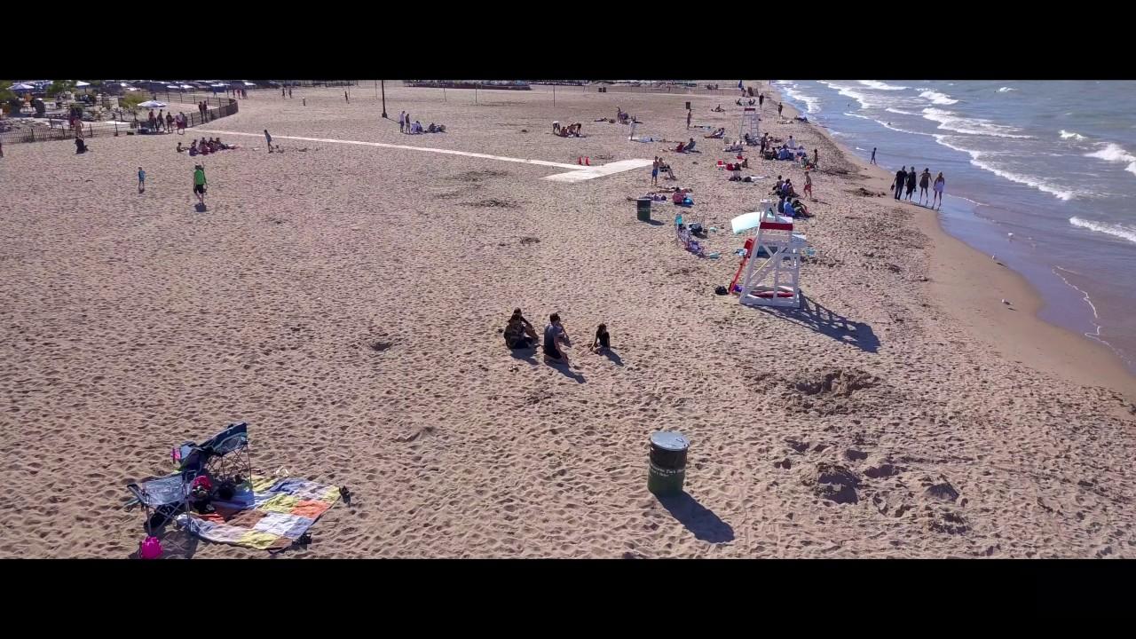 Wilmette, IL - Gillson Park Beach by Drone
