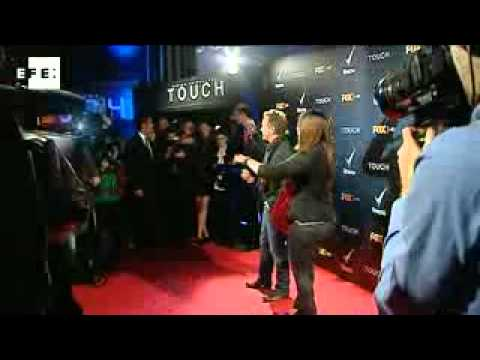 "Kiefer Sutherland  habla de su  serie, ""Touch"""