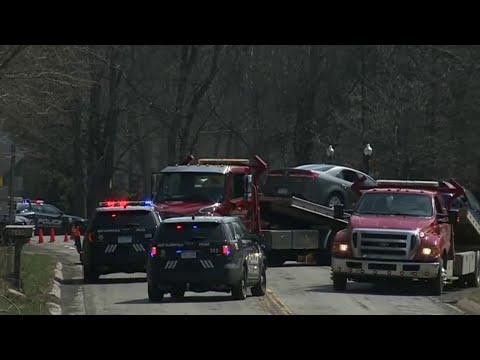 Man killed in head-on crash in West Bloomfield Township