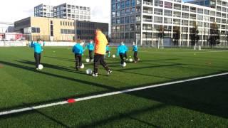 Dimiani Vianello op Voetbalschool Rick Hoogendorp