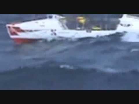 Janice Jakait & Rowing boat Bifröst - Solo rowing the Atlantic