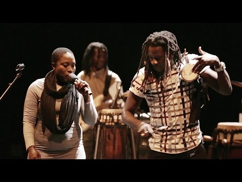 "MARK ERNESTUS' NDAGGA RHYTHM FORCE ""Walo Walo"" Live"