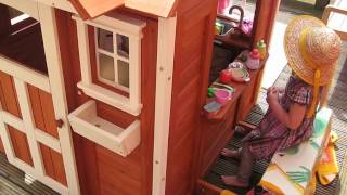 The Cedar Cottage Playhouse (backyard Discovery)