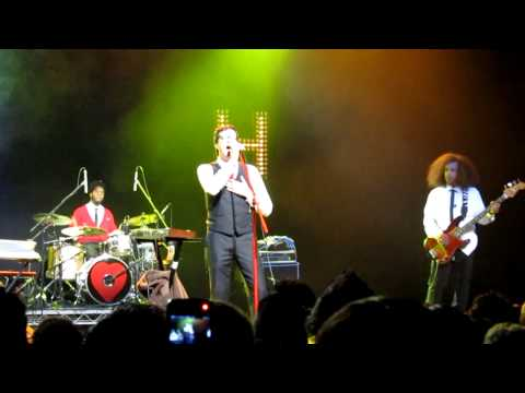 Mayer Hawthorne Live @ The Music Box 11-12-2010 - 'A Strange Arrangement' (Encore)
