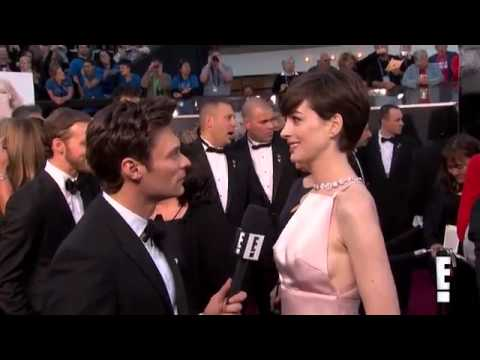 2013 Oscars Anne Hathaway interview on the Red Carpet thumbnail