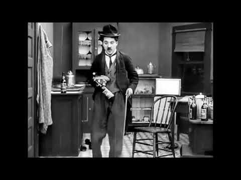 Charlie Chaplin: The Star Boarder (1914 film) 14