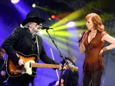 Reba McEntire Covering Mama Tried by Merle Haggard