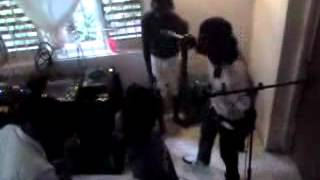 SIZZLA KALONJI AND JUDGEMENT YARD CREW FREESTYLING AT JUDGEMENT YARD STUDIO.SHA-RAP BA-BAL