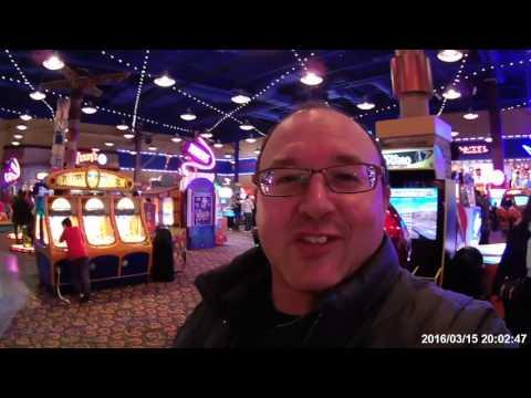 Niagara Falls Family Adventure Clifton Hill - Part 3