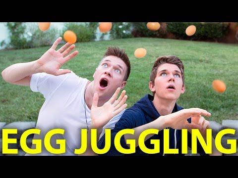 SIBLING EGG JUGGLING CHALLENGE   Collins Key & Devan Key