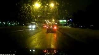 Видеорегистратор HYUNDAI H DVR03 фрагмент ночной видеозаписи смотреть