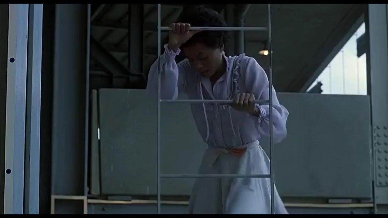 The Wiz 1978 movie Dorothy kills Evillene the wicked witch