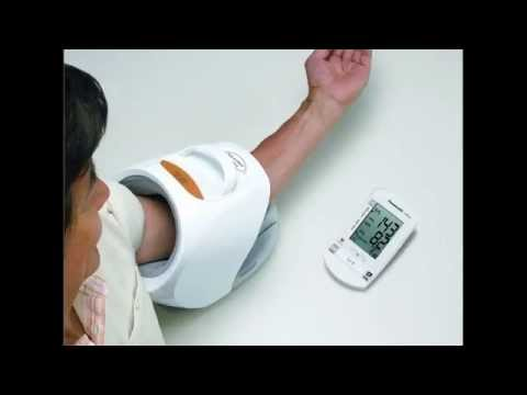 Review Panasonic EW3153W Upper Arm Cuffless Blood Pressure Monitor Wireless Display