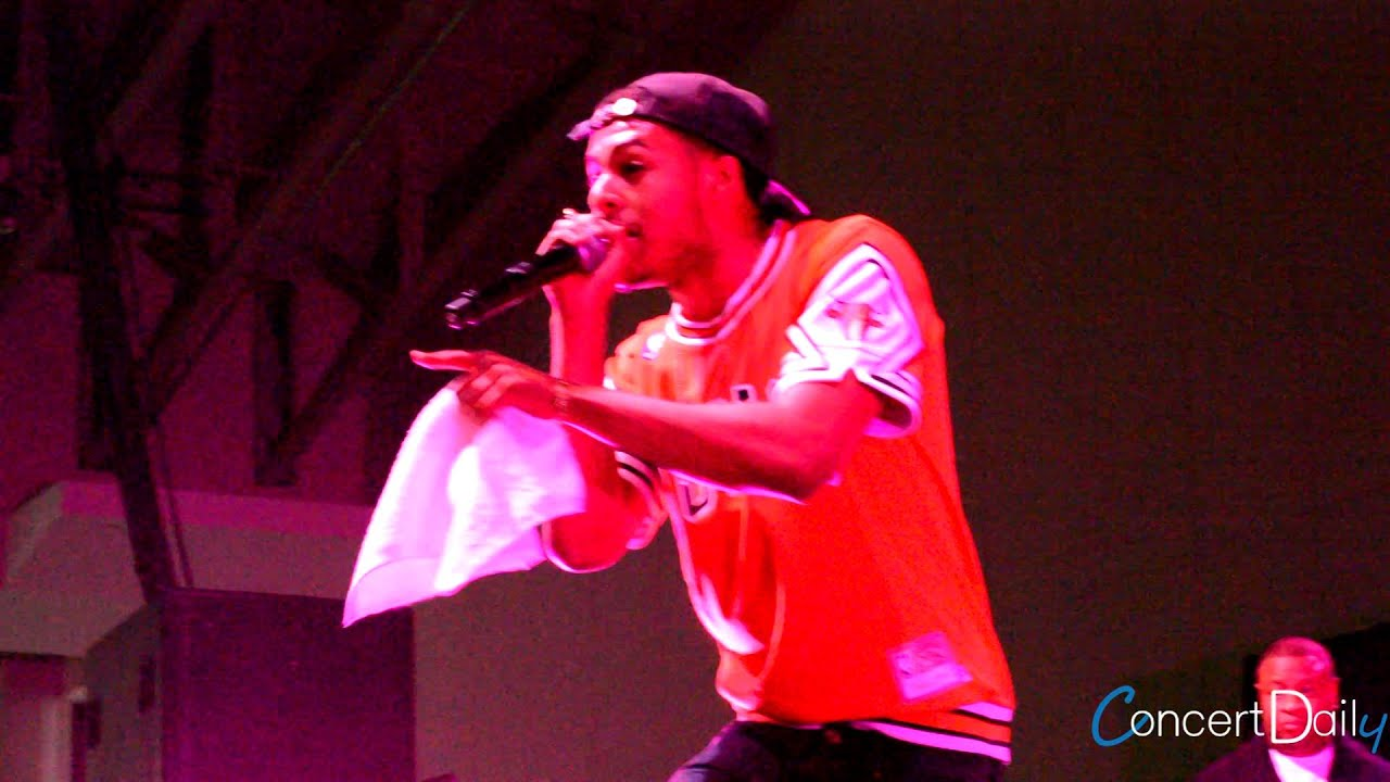 Download Diggy Simmons performing '4 Letter Word' Live at FSO