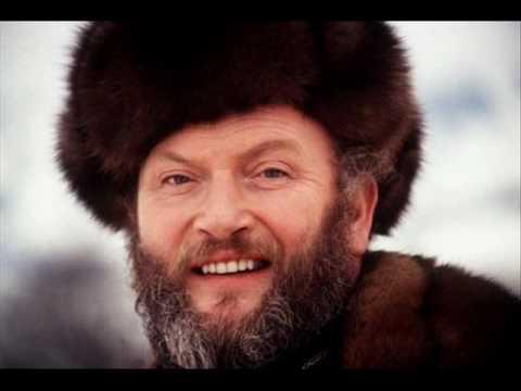 Ivan Rebroff sings Russian folk songs - 20. Sviridov - Old romance (instrumental)
