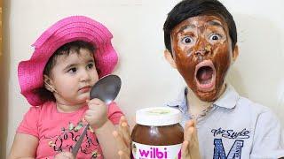 Celina paint Hasouna's face with chocolate - سيلينا وحسونة شوكولاطة