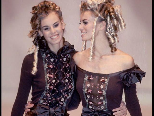 Krissy and Niki Taylor - Blumarine 1992