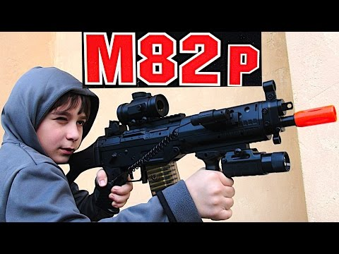 AEG Electric M82 Assault Rifle Airsoft Gun with Robert-Andre