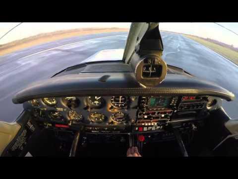 Flight lesson 12 - Crosswind landings | PA-28 | Ljungbyhed