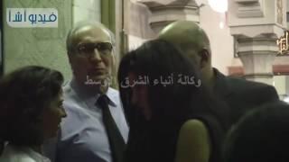 بالفيديو : غادة عادل وياسمين الرئيس فى عزاء الراحل محمد خان