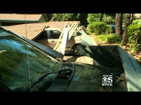 Napa Quake: Carport Collapses At Napa Apartments