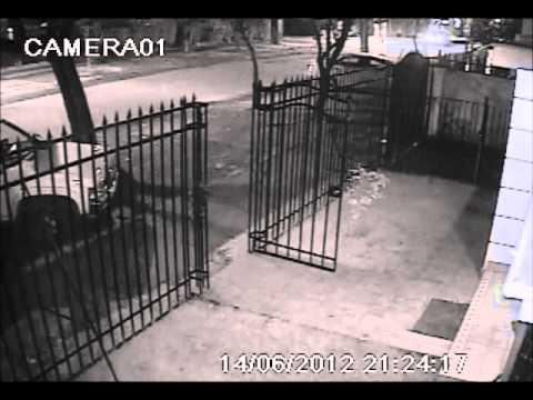 Empresario de seguridad fue asaltado en su casa c maras grabaron el ataque youtube - Camaras para casa ...