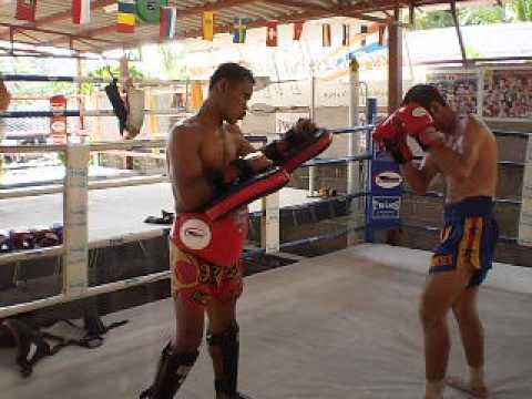 faruk muaythai training with jomhod