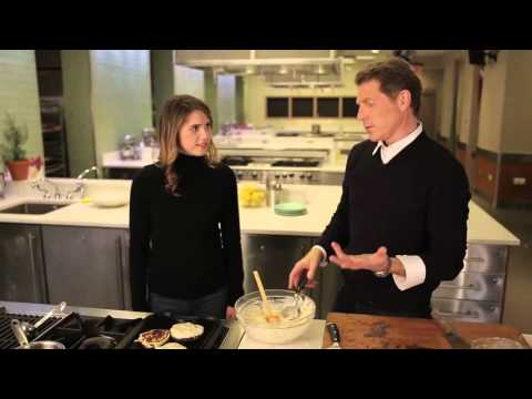 Bobby Flay  And Daughter Sophie - Chocolate Chip Pancakes
