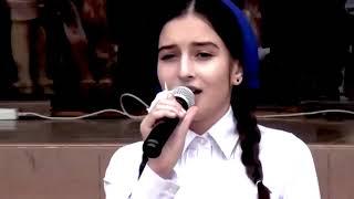 ДО СЛЕЗ!! Песня Маме 2018 Вся школа в слезах / Чеченка поет красиво