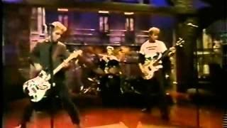 Green Day - Basket Case Live at Letterman 1994