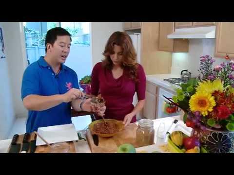 Celebrity Eco Chef Bryan Au new RAW STAR Diet No Bake 5 Minute Chocolate Cake Recipe!
