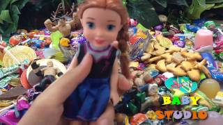 baby studio- CANDY SURPRISE TOYS- Disney,  Frozen Elsa and Anna,WWE Wrestling Figures,Minions