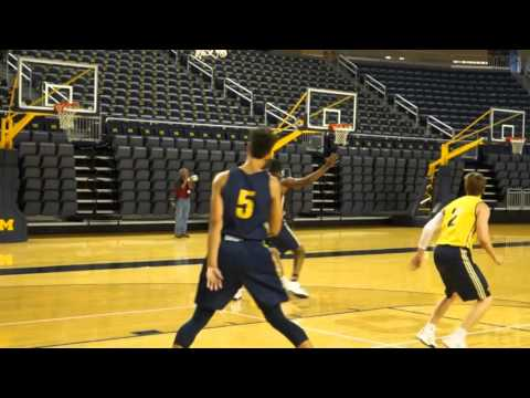 Michigan Basketball First Practice 2015 16