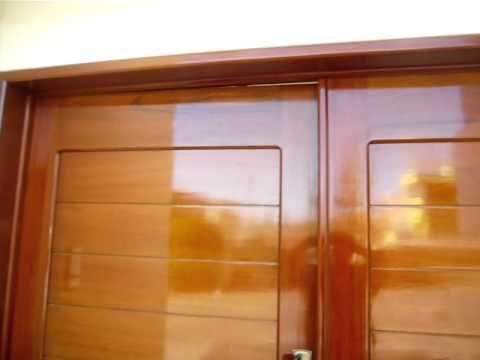 Puerta principal doble hoja youtube for Puertas dobles de madera