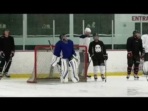 Knights inspire Las Vegas locals to give hockey a shot