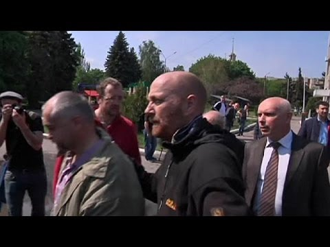Ukraine: OSCE confirms release of European military observers in Slovyansk