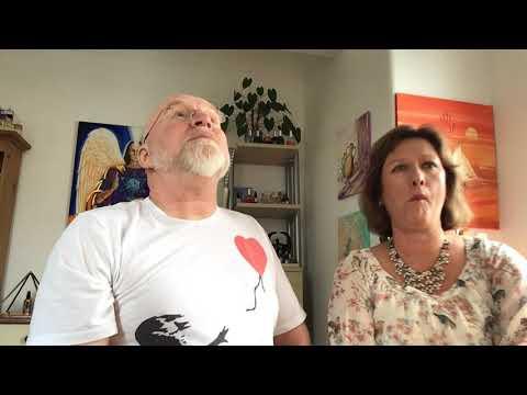 Steve interviews Amanda Ellis