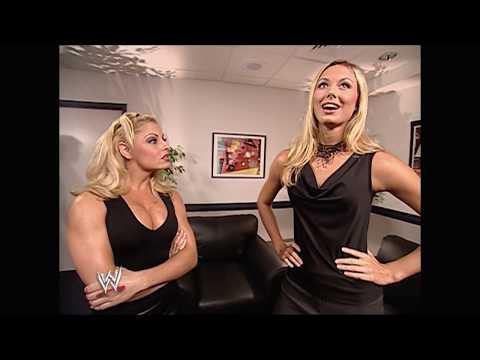 Trish Stratus vs. Stacy Keibler - August 19, 2002