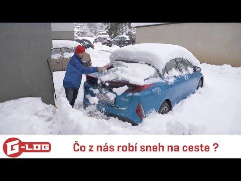 Toyota Plug-in Hybrid v snehu