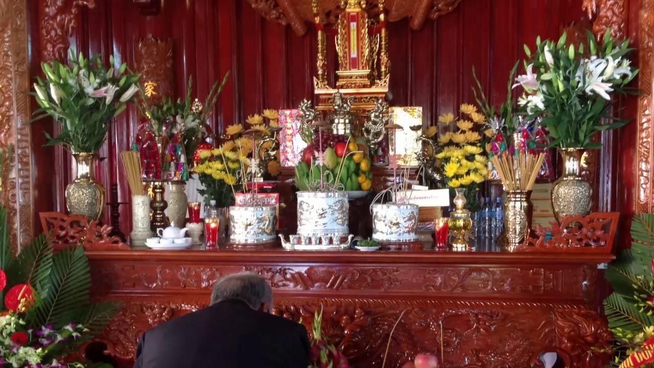 Cách đặt bát hương trên bàn thờ gia tiên
