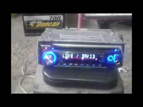 Como utilizar parlantes de equipo de sonido casero para radio de carro