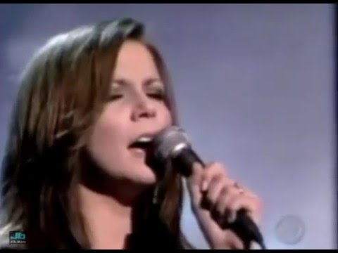 Martina McBride - Help Me Make It Through The Night