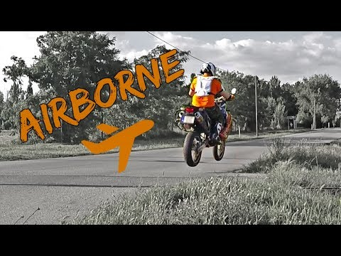 JUMPING my KTM Adventure   Magyar   Eng subs   Zoom H1 sound
