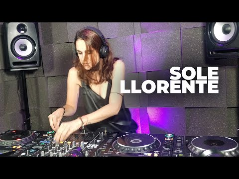 Sole Llorente - Live @ Radio Intense Barcelona 20.05.2020 // Melodic Techno Mix