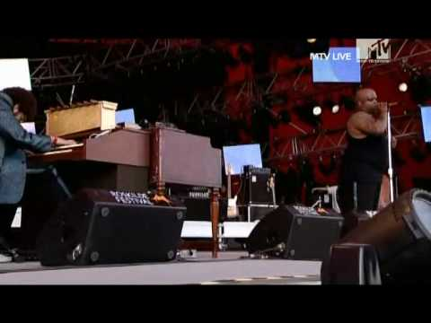 Gnarls Barkley - Who's Gonna Save My Soul (Live Roskilde 2008)