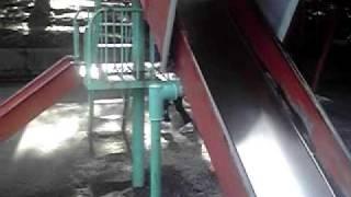 土浦亀城公園の滑り台