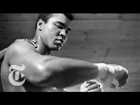 Muhammad Ali's Procession   The New York Times