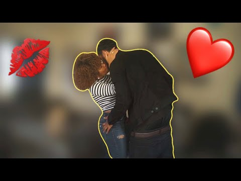 I CAN'T STOP KISSING YOU PRANK ON BOYFRIEND 💋
