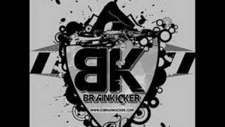 Brainkicker - Queen Must Go Down