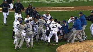 Dodgers, Padres start melee at Petco